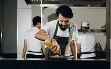 Bếp trưởng Alonso tại nhà hàng Cococita – Cocobay Đà Nẵng