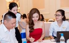 Hoa hậu Jennifer Phạm đăng ký thành công condotel FLC Grand Hotel Sầm Sơn.
