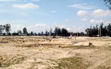 Dù được chủ đầu tư giới thiệu đây là KĐT khép kín kiểu mẫu nhưng thực tế lại nằm gần khu nghĩa địa.