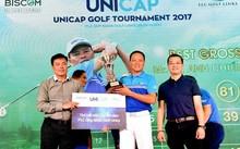 Ông Nguyễn Tiến Đức -  CT HĐQT công ty Unicap, Trưởng BTC trao giải Best Gross cho golfer Tạ Anh Chiến
