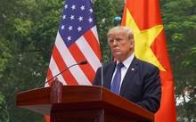 Tổng thống Mỹ Donald Trump trong buổi họp báo chung với Chủ tịch nước Trần Đại Quang tại Phủ chủ tịch ngày 12/11. Ảnh:Giang Huy.