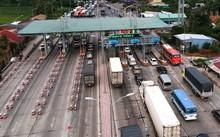 Trạm BOT Cai Lậy thu phí trở lại từ ngày 30/11 nhưng tiếp tục gặp phải sự phản ứng gay gắt của người dân