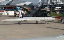 Tên lửa tầm xa KS-172. Ảnh: Sukhoi