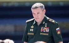 Tướng Nga Valery Gerasimov có mặt tại buổi khai mạc International Army Games 2017 ở Alabino. (Ảnh: Reuters)