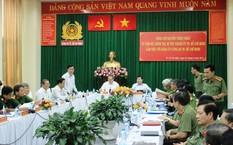 Bí thư Thành ủy Nguyễn Thiện Nhân làm việc với Công an TP.HCM