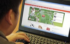 Phá đường dây cá độ bóng đá hơn 1.400 tỷ đồng trên mạng Internet
