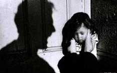 'Yêu râu xanh' hại đời bé gái vượt 1.000 km lẩn trốn