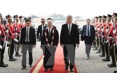 Lễ đón Tổng Bí thư Nguyễn Phú Trọng tại sân bay Quốc tế Soekarno-Hatta. (Ảnh: Trí Dũng/TTXVN)