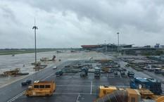 Đình chỉ lái xe đầu kéo đâm chết nữ nhân viên sân bay Nội Bài