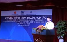Ông Trần Việt Cường – Phó bí thư huyện ủy, Chủ tịch UBND huyện Vĩnh Tường – phát biểu tại Lễ ký kết.