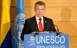 Ông Juan Manuel Santos phát biểu tại trụ sở UNESCO