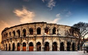 Đấu trường Colisée- một trong những kiệt tác kiến trúc La Mã cổ đại