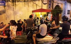 Món mực khổng lồ thu hút khách Hà Nội trên phố Mã Mây