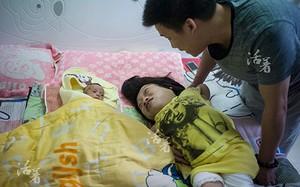 Hạnh phúc của gia đình Hu Lu (China Daily)