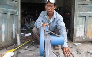 Ông Dương Tư với niềm đam mê chế tạo máy móc