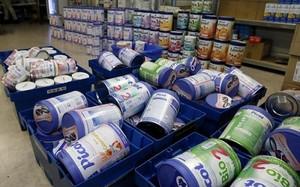 SOS Cảnh báo 10 lô sữa của Pháp có nguy cơ gây nhiễm khuẩn đường ruột