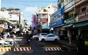 Cấm ô tô trên 24 chỗ và xe tải trên 2,5 tấn vào đường Nguyễn Văn Trỗi.