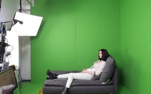 Một người mẫu khiêu dâm trực tuyến. Ảnh: BBC.