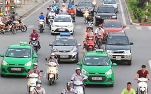 Hơn chục tuyến phố taxi, ô tô bị cấm giờ cao điểm. Ảnh minh họa: Đoàn Loan
