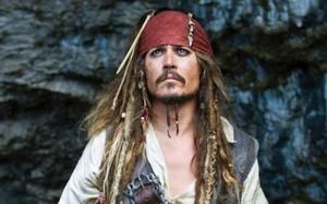 Jack Sparrow là linh hồn của thương hiệu phim bom tấn và là nhân vật biểu tượng màn ảnh trong thế kỷ XXI. Ảnh: Disney.