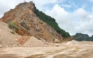 Cận cảnh máy móc, thiết bị được sử dụng để khai thác, chế biến đá.