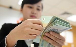 Nửa năm, mỗi nhân viên Vietcombank nhận 160 triệu đồng tiền lương