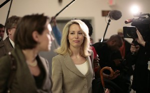 Cựu điệp viên CIA, Valerie Plame Wilson (Ảnh: Reuters)