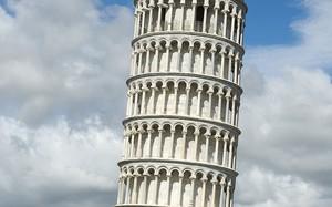 Bí ẩn tháp nghiêng Pisa