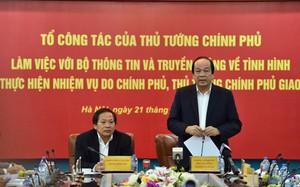 Bộ trưởng, Chủ nhiệm VPCP Mai Tiến Dũng, Tổ trưởng Tổ công tác của Thủ tướng phát biểu tại buổi làm việc với Bộ TT&TT. Ảnh: VGP/Nhật Bắc