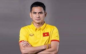 Kiatisuk chính thức thất nghiệp: Thuyền trưởng mới của bóng đá Việt Nam?