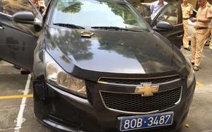 Bắc Giang: Xe gắn biển xanh bị bắt vì tàng trữ ma túy đá