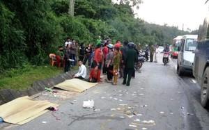 Nghệ An: 2 phụ nữ chết thảm sau khi đâm vào xe khách
