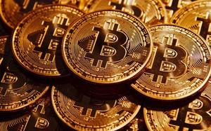 Đồng Bitcoin gần chạm ngưỡng 8000 USD chỉ trong vài giờ