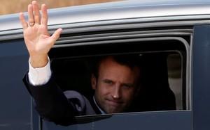 Pháp tham gia giải quyết nội chiến Libya