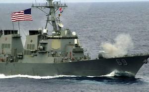 Hải quân Mỹ bắn cảnh cáo tàu Iran ở Vịnh Ba Tư