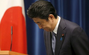 Bộ trưởng Quốc phòng Nhật từ chức, Thủ tướng Abe lên tiếng xin lỗi