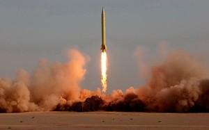 Iran thử nghiệm tên lửa bất chấp đe dọa từ Mỹ
