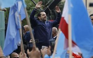 Thủ tướng Hariri hoãn việc từ chức, cam kết ở lại Lebanon