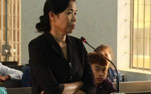 Bị cáo Hoa tại tòa.