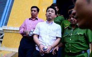Nguyễn Minh Hùng và Võ Mạnh Cường bị bắt tạm giam 90 ngày.
