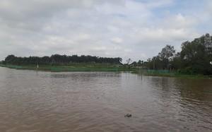 Sạt lở ăn sâu vào đất liền có nơi từ 20 đến 30 mét