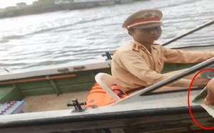 """Tiếp bài """"Cận cảnh mãi lộ trên sông"""": Lãnh đạo CSGT hứa xử lý nghiêm cán bộ sai phạm"""