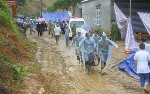 Sạt lở núi tại xóm Khanh, xã Phú Cường (huyện Tân Lạc, Hòa Bình) tháng 10.2017.