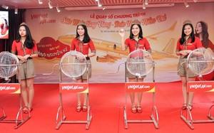 Bay Vietjet, hành khách nhận giải thưởng máy bay 1 ký vàng