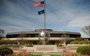 Trụ sở Amway tại Mỹ