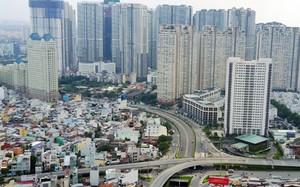 """Đường Nguyễn Hữu Cảnh đang """"gánh"""" nhiều cao ốc với hàng chục nghìn căn hộ. Ảnh: Quỳnh Trần"""