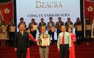 DeAura Việt Nam đạt chứng nhận Top 10 sản phẩm chất lượng cao 2017
