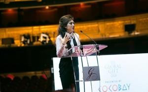 Bà Coco Trần - Chủ tịch sáng lập quỹ Coco Heart, Phó Chủ tịch Tập đoàn Empire, phát biểu tại sự kiện The Global Gift Gala lần thứ 25