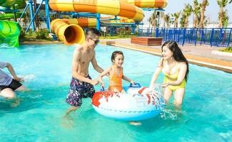 Giải cơn khát giữa hè với Typhoon Water Park Hạ Long