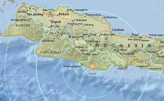Thủ đô Indonesia rung chuyển bởi động đất, cảnh báo có sóng thần